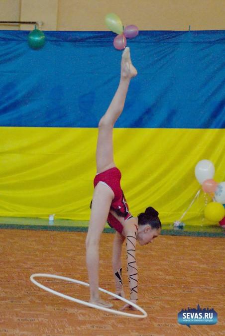 фото гимнасток с предметом