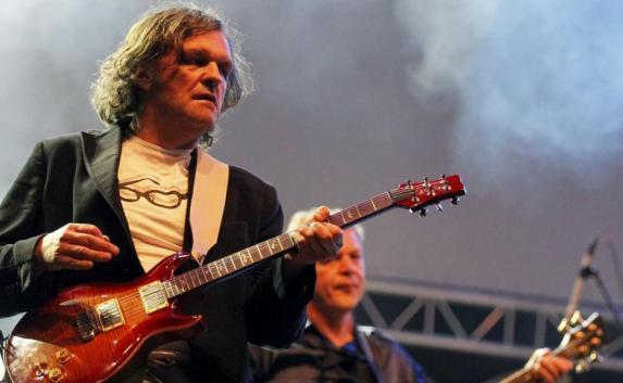 Эмир Кустурица снова выступит в Крыму с концертом