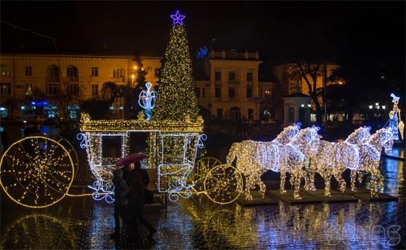 Рождество-это Христианский праздник, а Европа теперь мусульманская.